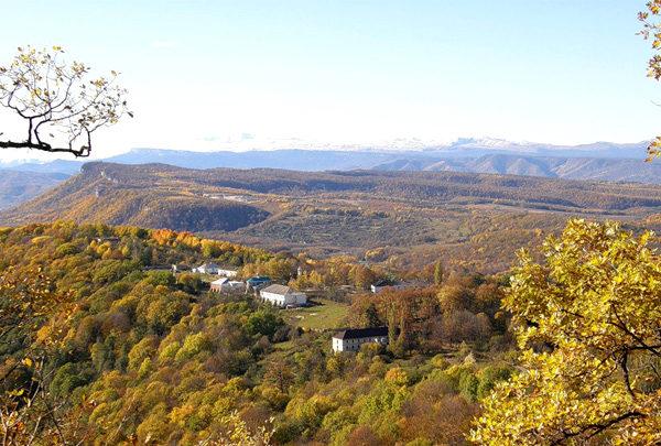 Экскурсия на гору Физиабго и в Свято-Михайловский монастырь, Адыгея